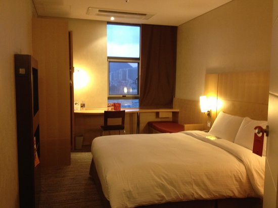 ibis Ambassador Busan City Centre: Standard room