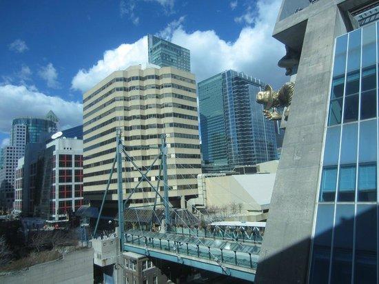 Renaissance Toronto Downtown Hotel: Vista habitación 377