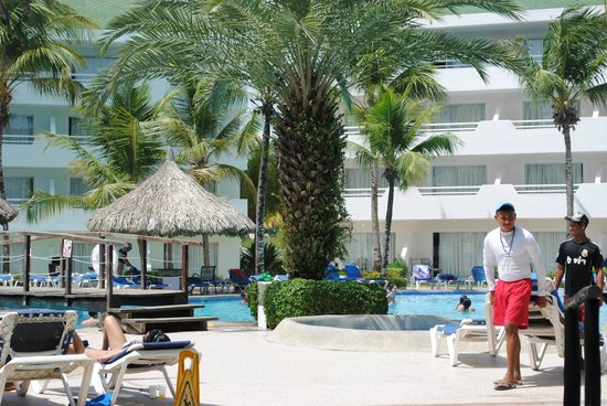SunSol Isla Caribe: Pool area