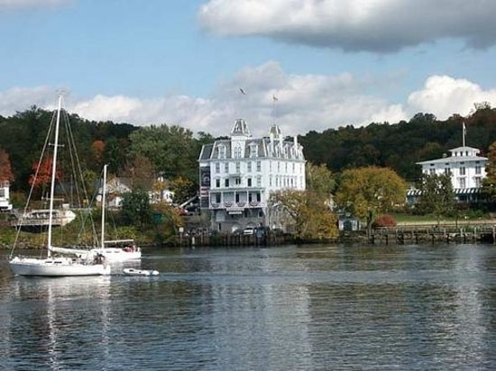 Connecticut: Goodspeed Opera House - East Haddam