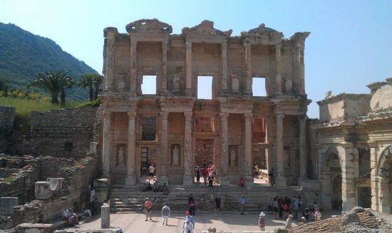 Hello Ephesus: Библиотека Цельсия