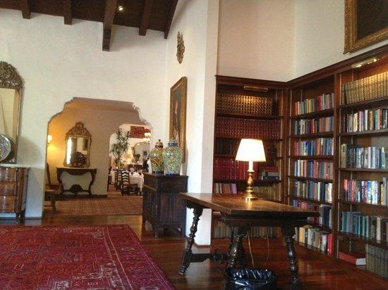 Arizona Inn: 図書館