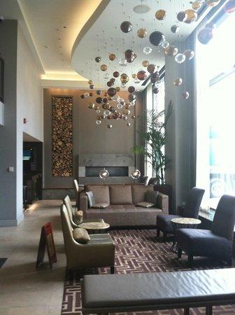 Hotel Felix: Hotel Lobby