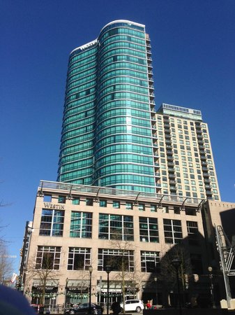 The Westin Grand, Vancouver: Building exterior