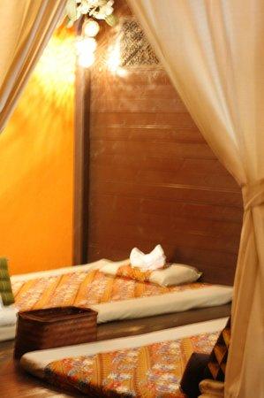 ERAWAN Thai Traditional Massage - Tokyo: Massage Rooms.