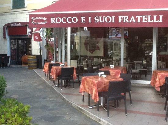 L 39 esterno del ristorante picture of rocco e i suoi for L esterno del ristorante sinonimo