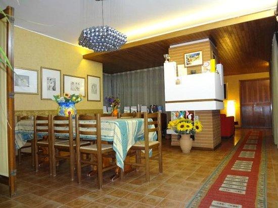 Casa Riccio: salone