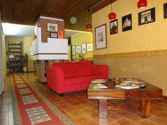 Casa Riccio: living room