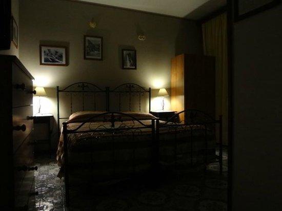 Casa Riccio: stanza matrimoniale
