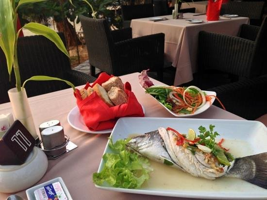 Kata Beach Resort and Spa: yummiest fish dish!