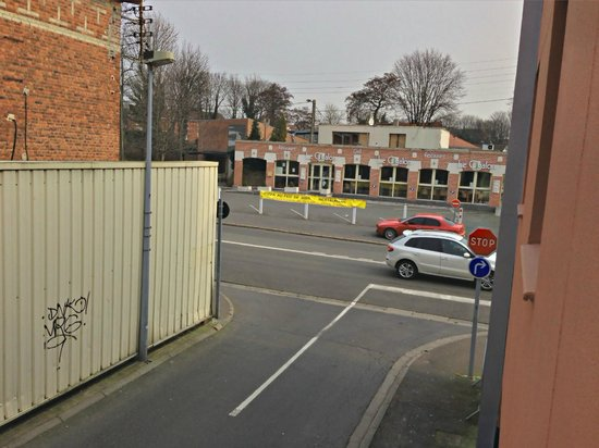 Hotel Bollaert: Aussicht nach rechts aus dem Fenster
