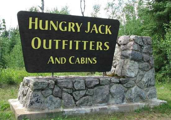 Hungry Jack Canoe Outfitters and Cabins : Sign on the Gunflint Trail