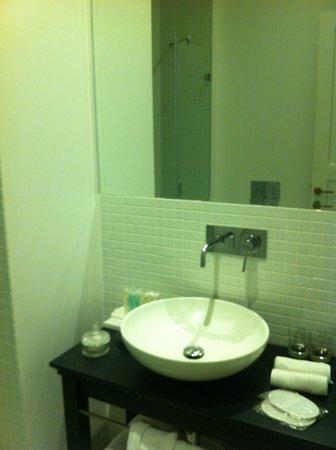 فندق تاون هاوس تل أبيب: Bagno