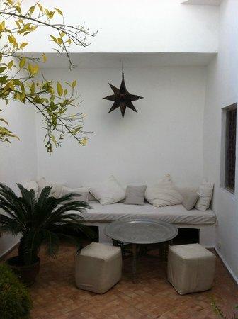 Riad O2 : Un petit coin pour glander tranquille
