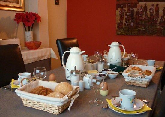 B&B Amaryllis: Breakfast