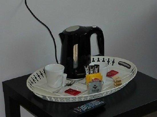 B&B Amaryllis: Coffee-Tea facilities