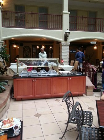 Embassy Suites by Hilton Arcadia Pasadena Area: No hot buffet except Fridays