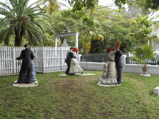 Key West Lighthouse and Keeper's Quarters Museum: interesting art