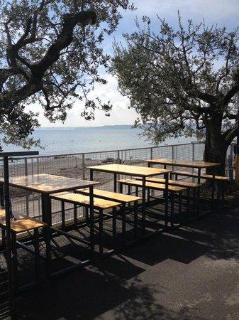 Jolie Beach Bar : Am See