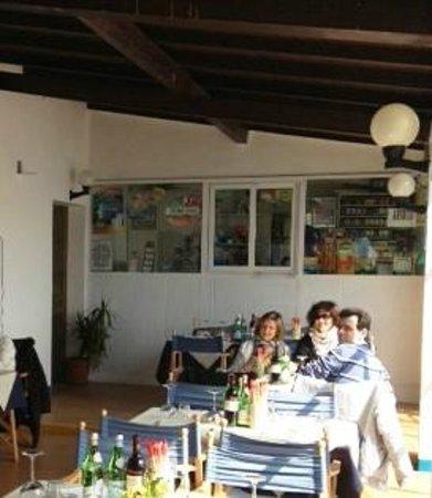 Jolie Beach Bar : Auf der Terasse am See