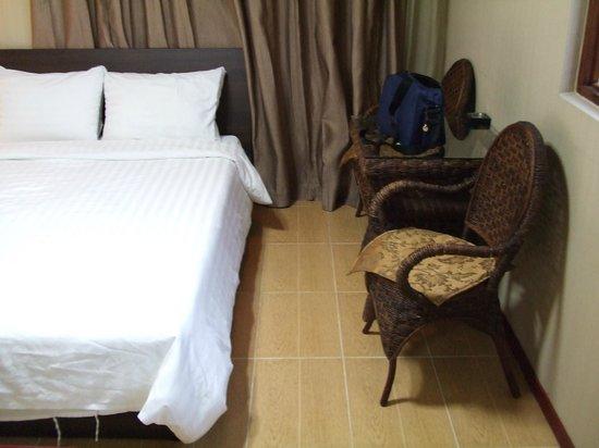 RK Hotel Subic: 部屋は他のホテルに比べ,かなり見劣りします