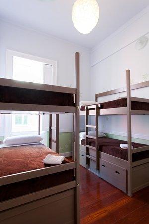 Ecohostel Canarias Bettmar: Habitación/ Room