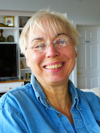 Oyster Cove B&B On Wellfleet Harbor: Sandy smiles!