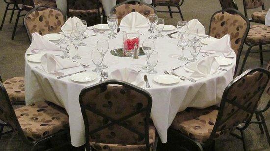 Sawridge Inn and Conference Centre Edmonton South: Banquet Room Set Up