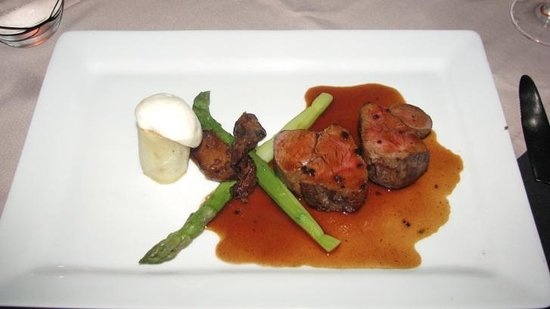 InterContinental Tahiti Resort & Spa: Veal entree at Le Lotus