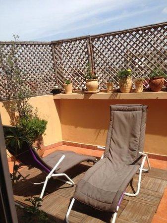 Leyna Vacancy Homes : terrasse