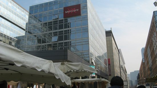 Mercure Paris La Defense Grande Arche Hotel: entrata