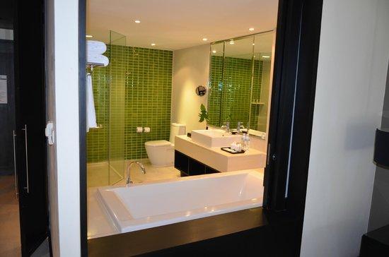 Le Meridien Chiang Rai Resort : la salle de bains