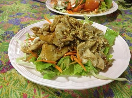 Uncle Noi : chicken garlic and pepper