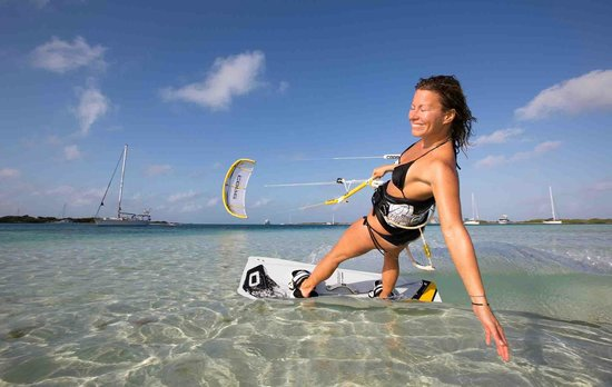 Kitesurf Roatan: Cruise with us... ;)