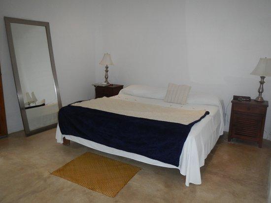 Al Cielo Hotel: Villa Atardecer king bedroom