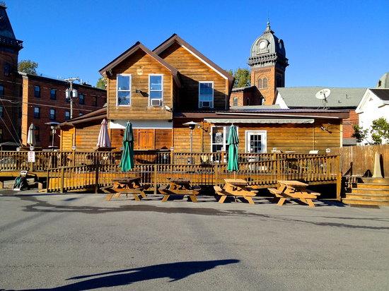 D-Line Pub: getlstd_property_photo