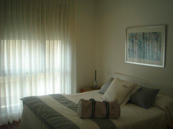 Apartamentos Sabinas El Pilar: dormitorio
