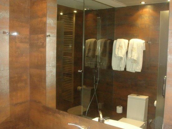 Apartamentos Sabinas El Pilar: baño