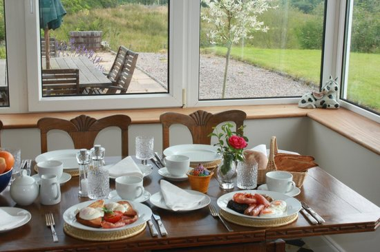 Inverinan Mor Luxury Country House Bed & Breakfast: Breakfast
