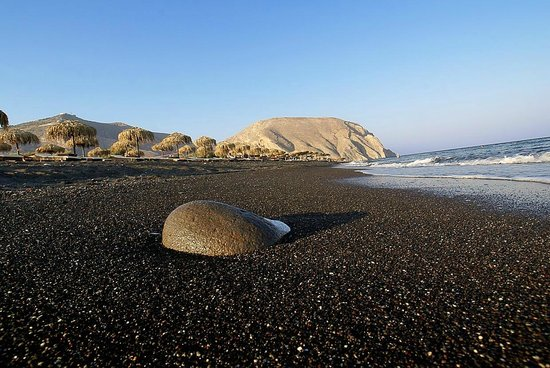 Perissa, Grecja: perivolos beach, santorini