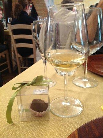 Agriturismo Il Melograno: Piccolo regalo per Pasqua, un elegante e gustoso Bacio fatto in casa!