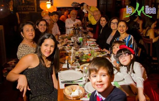 Family Celebrating New Year's Eve - Picture of Le Milsa ...