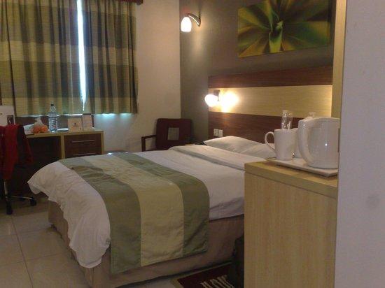 Citymax Hotels Al Barsha: room 506