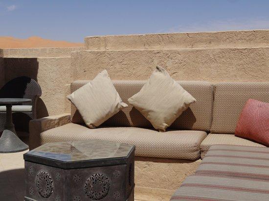 Qasr Al Sarab Desert Resort by Anantara: terrasse de notre chambre