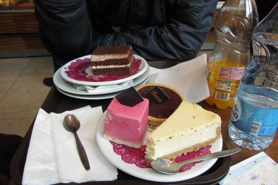 Paneria: Cakes, just delicious!