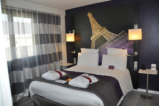 Mercure Paris Centre Eiffel Tower Hotel: Junior Suite Room