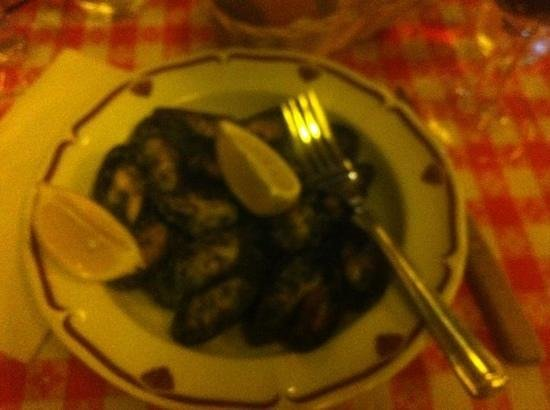 Bistrot Du Coin: slightly blurry mussels