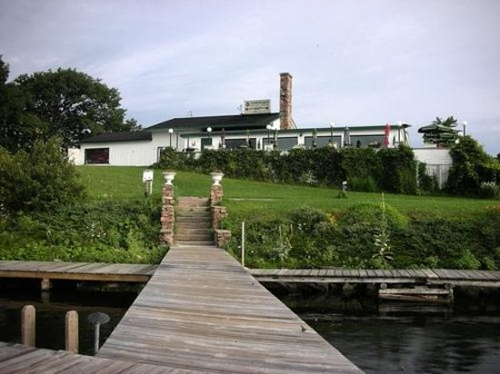 Smugglers Bar and Grill : View from our docks