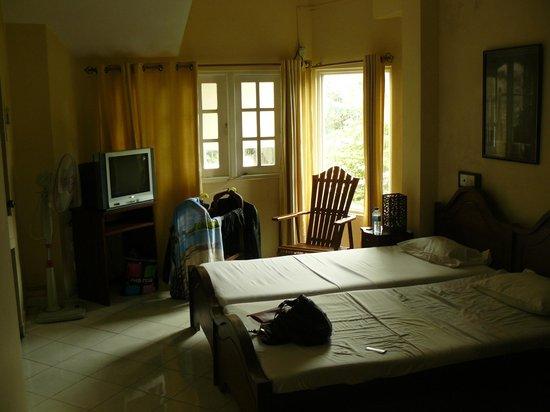Hotel Kandy Paris: номер, в котором пахло плесенью