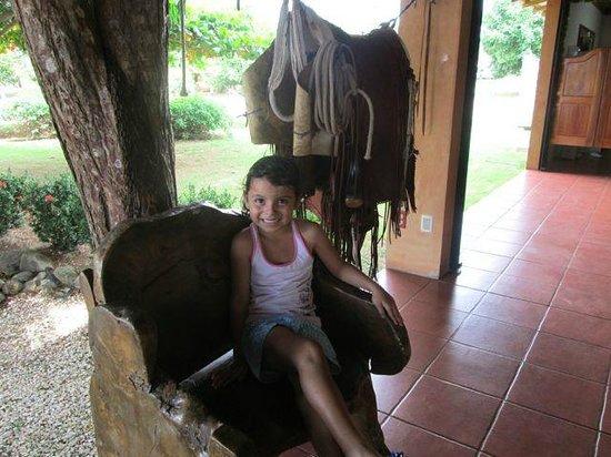 Restaurante Tica Linda: Local girl